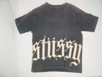 stussy ロゴプリントTシャツ